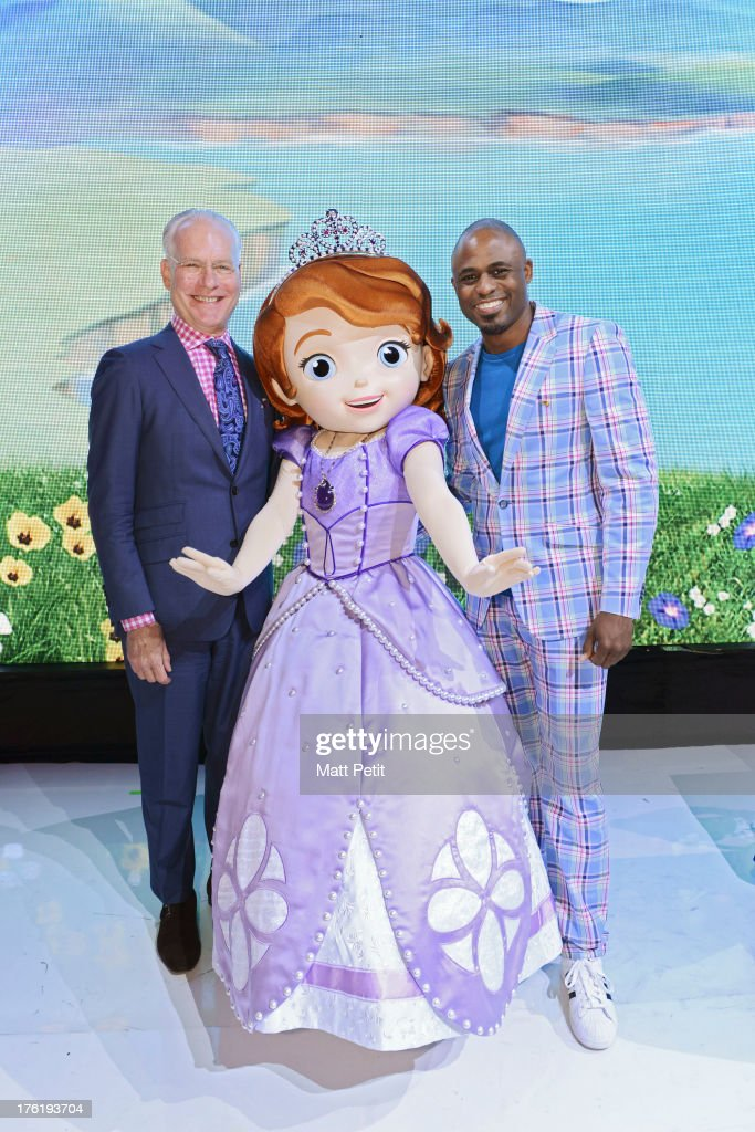 D23 EXPO - Tim Gunn and Wayne Brady, stars of cable TV's #1 series for kids 2-5, 'Sofia the First,' were on hand to greet fans and read from two soon-to-be-released storybooks from Disney Publishing including 'Sofia the First: The Floating Palace,' based on the upcoming Disney Junior fall primetime TV special of the same name, at Disney's D23 Expo, the ultimate event for Disney fans at the Anaheim Convention Center in Anaheim, California (August 11). BRADY