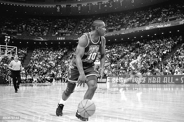 Tim Hardaway dribbles up the court during the 1992 NBA AllStar Game at Orlando Arena on February 9 1992 in Orlando Florida NOTE TO USER User...