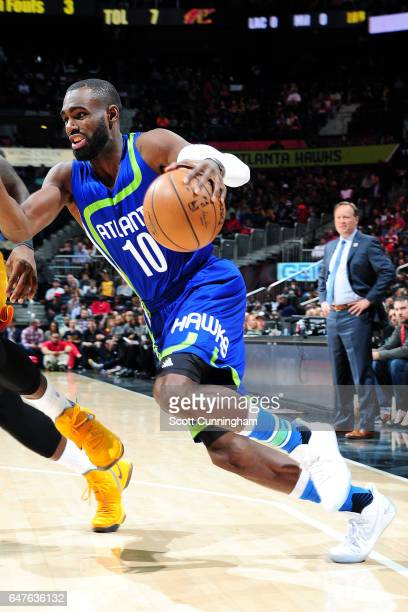 Tim Hardaway Jr #10 of the Atlanta Hawks drives to the basket during the game against the Cleveland Cavaliers on March 3 2017 at Philips Arena in...