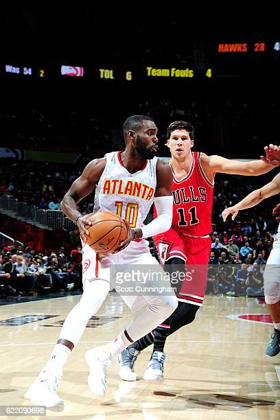Tim Hardaway Jr #10 of the Atlanta Hawks handles the ball during the game against the Chicago Bulls on November 9 2016 at Philips Center in Atlanta...