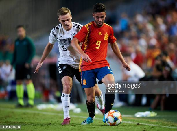 Tim Henry Handwerker of Germany U21 duels for the ball with Andres Martin of Spain U21 during the international friendly between Spain U21 and...