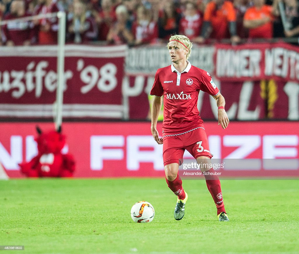 Tim HEUERBACH (1. FC Kaiserslautern) during the 2. Bundesliga match between 1. FC Kaiserslautern and Eintracht Braunschweig at Fritz-Walter-Stadion on July 31, 2015 in Kaiserslautern, Germany.
