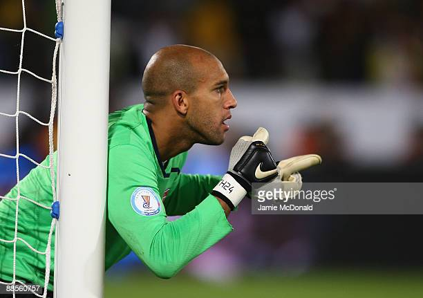 Tim Howard of USA shouts instructions during the FIFA Confederations Cup match between USA and Brasil at Loftus Versfeld Stadium on June 18, 2009 in...