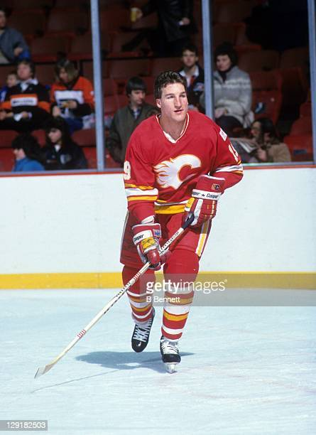 Tim Hunter of the Calgary Flames warmsup before an NHL game against the Philadelphia Flyers circa 1984 at the Spectrum in Philadelphia Pennsylvania
