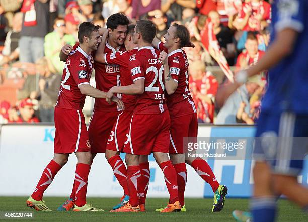 Tim Kleindienst of Cottbus celebrate the second goal with teammates during the 3Liga match between Energie Cottbus and SpVgg Unterhaching at Stadion...