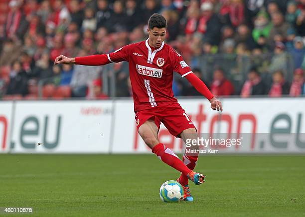 Tim Kleindienst of Cottbus runs with the ball during the third league match between FC Energie Cottbus and VFL Osnabrueck at Stadion der Freundschaft...