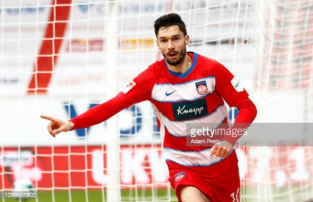 Tim Kleindienst of Heidenheim celebrates his team's third goal during the Second Bundesliga match between 1. FC Heidenheim 1846 and FC St. Pauli at...