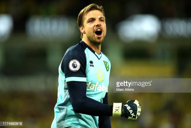 Tim Krul of Norwich City celebrates victory after the Premier League match between Norwich City and Manchester City at Carrow Road on September 14...