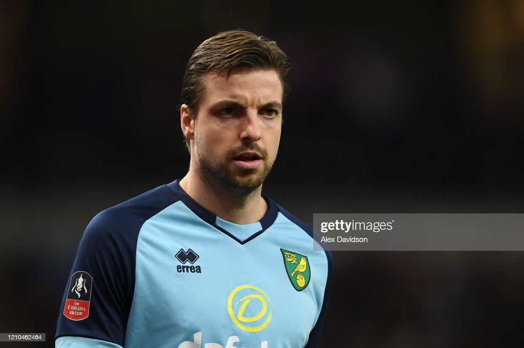 Tottenham Hotspur v Norwich City - FA Cup Fifth Round : News Photo