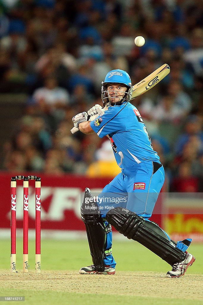Tim Ludeman of the Strikers bats during the Big Bash League match between the Adelaide Strikers and the Melbourne Stars at Adelaide Oval on December 27, 2012 in Adelaide, Australia.