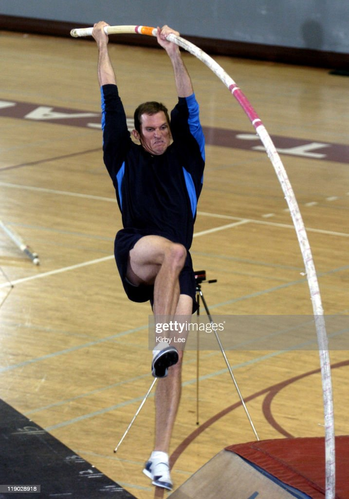 International Pole Vault Clinic - December 28, 2004
