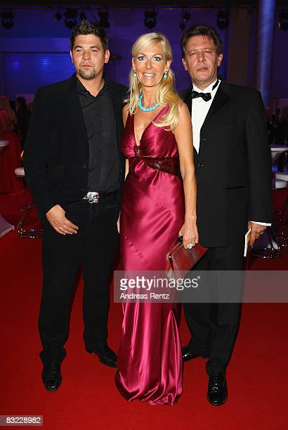 Tim Maelzer Marion Fedder and her husband Jan Fedder arrive for the German TV Award 2008 at the Coloneum on October 11 2008 in Cologne Germany