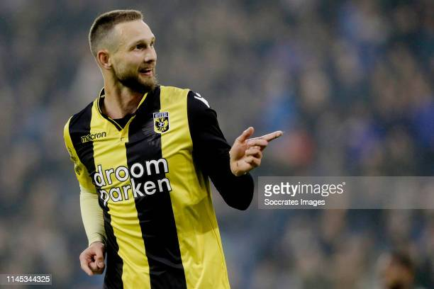 Tim Matavz of Vitesse celebrates 20 during the Dutch Eredivisie match between Vitesse v FC Groningen at the GelreDome on May 21 2019 in Arnhem...