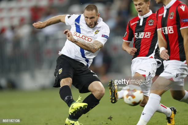 Tim Matavz of Vitesse, Vincent Koziello of OCG Nice, Maxime Le Marchand of OCG Nice during the UEFA Europa League group K match match between OGC...