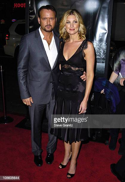 """Tim McGraw and Faith Hill during """"Friday Night Lights"""" Los Angeles Premiere - Arrivals at Grauman's Chinese Theatre in Hollywood, California, United..."""