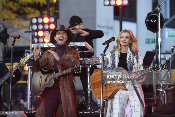 Tim McGraw and Faith Hill Perform On NBC's Today at Rockefeller Plaza on November 17 2017 in New York City
