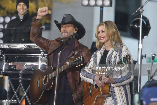 Tim McGraw and Faith Hill perform on NBC's 'Today' Show at Rockefeller Plaza on November 17 2017 in New York City