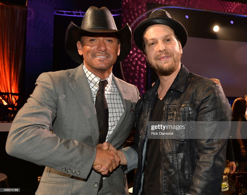 CMT Artists Of The Year 2013 - Show : News Photo