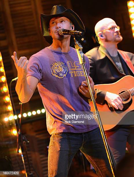 Tim McGraw performs on ABC's Good Morning America at the House of Blues on February 1 2013 in New Orleans Louisiana