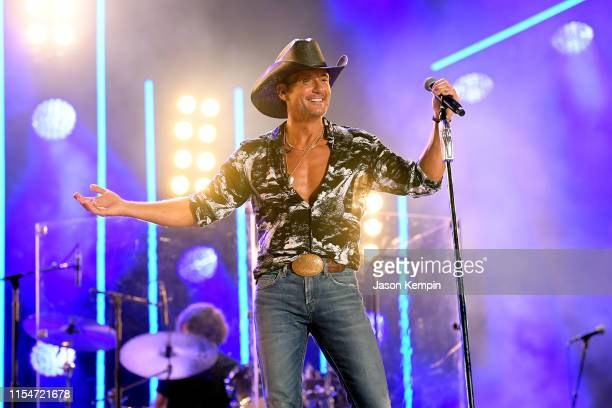 Tim McGraw performs on stage during day 3 of the 2019 CMA Music Festival on June 08, 2019 in Nashville, Tennessee.