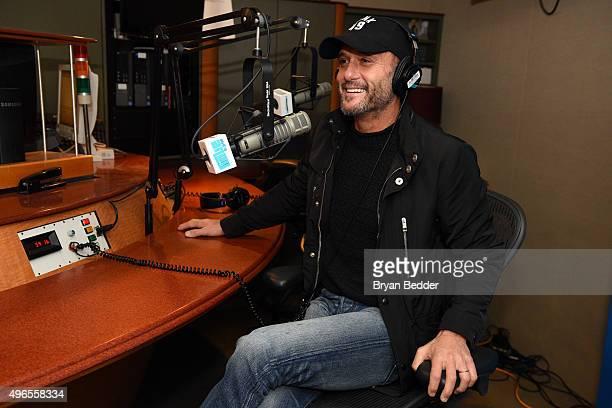 Tim McGraw visits the SiriusXM Studio on November 10, 2015 in New York City.