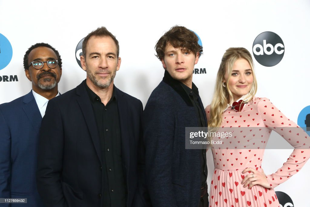 Disney ABC Television Hosts TCA Winter Press Tour 2019 - Arrivals : Nachrichtenfoto