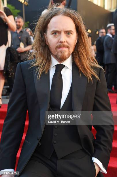 Tim Minchin attends The Olivier Awards 2017 at Royal Albert Hall on April 9, 2017 in London, England.