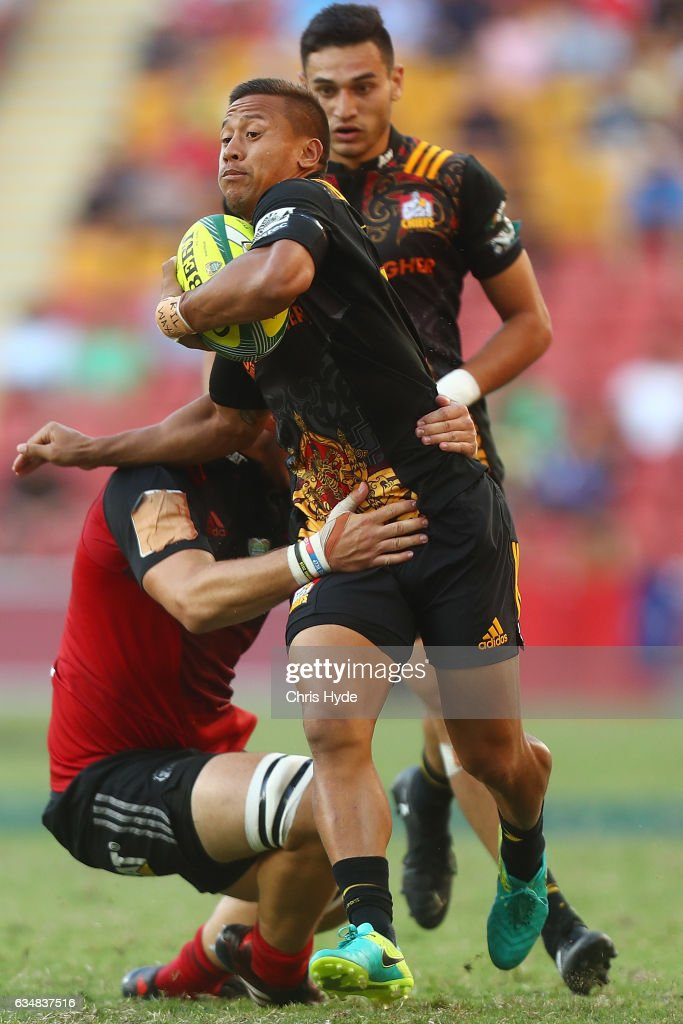 Tim Nanai-Williams of the Chiefs runs the ball during the Rugby Global Tens Final match between Chiefs and Crusaders at Suncorp Stadium on February 12, 2017 in Brisbane, Australia.