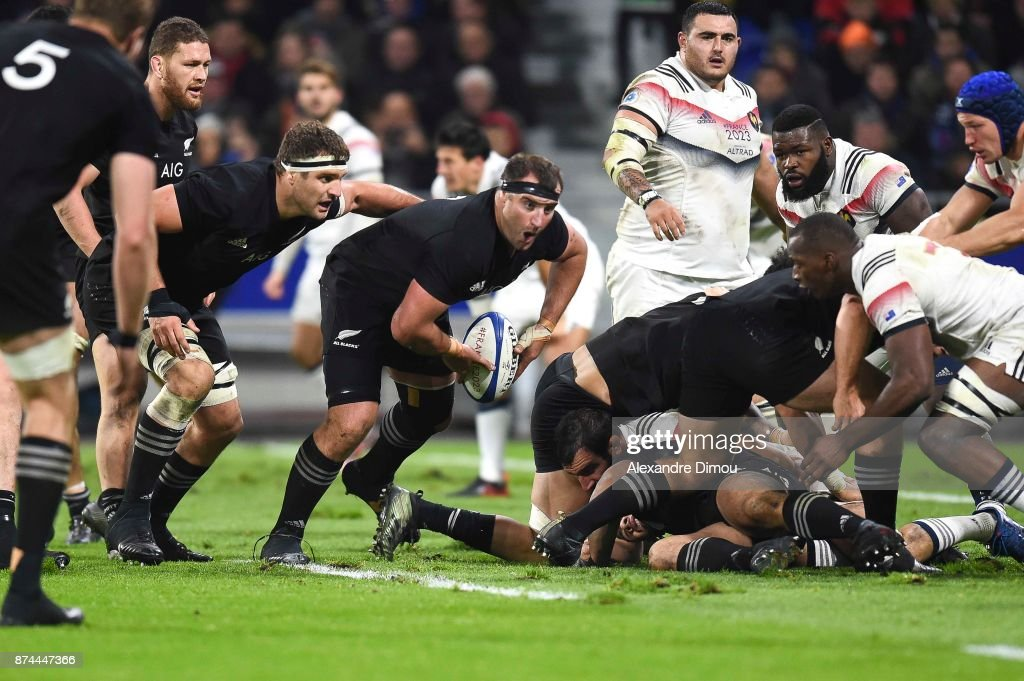 Tim Perry of New Zealand during the rugby test match between France and New Zealand at Stade des Lumieres on November 14, 2017 in Lyon, France.