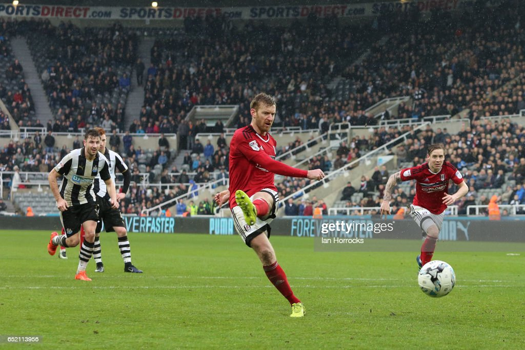 Newcastle United v Fulham - Sky Bet Championship : News Photo