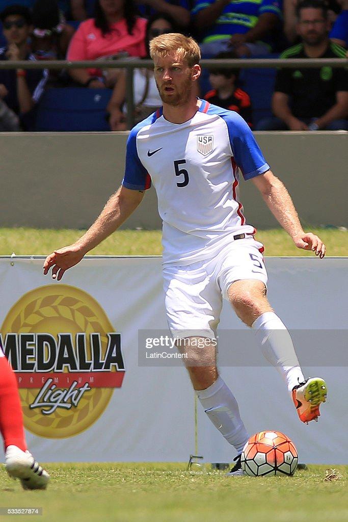 Puerto Rico v USA - International Friendly : News Photo