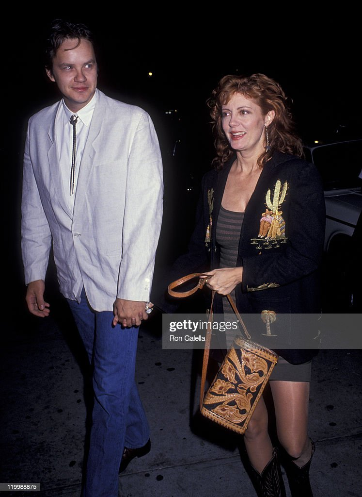 Tim Robbins and actress Susan Sarandon attend the premiere of 'Thelma and Louise' on May 14, 1991 at Loew's State Theater in New York City.