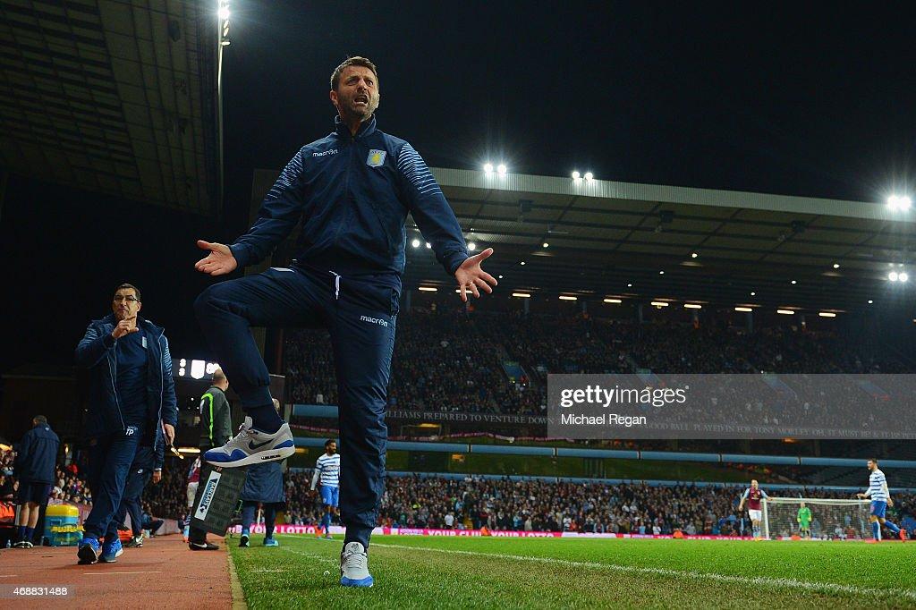 Aston Villa v Queens Park Rangers - Premier League : News Photo