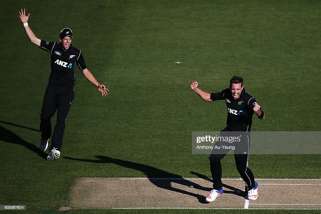 New Zealand v Australia - 1st ODI