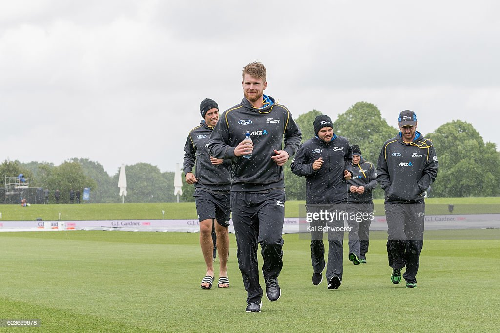 New Zealand v Pakistan - 1st Test: Day 1
