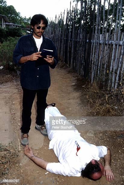 Tim Tawan und Komparse als Leiche ZDFSerie Verschollen in Thailand Folge 10 am Insel Koh Samui Thailand