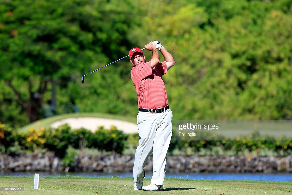 Tim Thelen of the United States lines up a putt during the second round of the MCB Tour Championship played at the Legends Course, Constance Belle Mare Plage on December 8, 2012 in Poste de Flacq, Mauritius.
