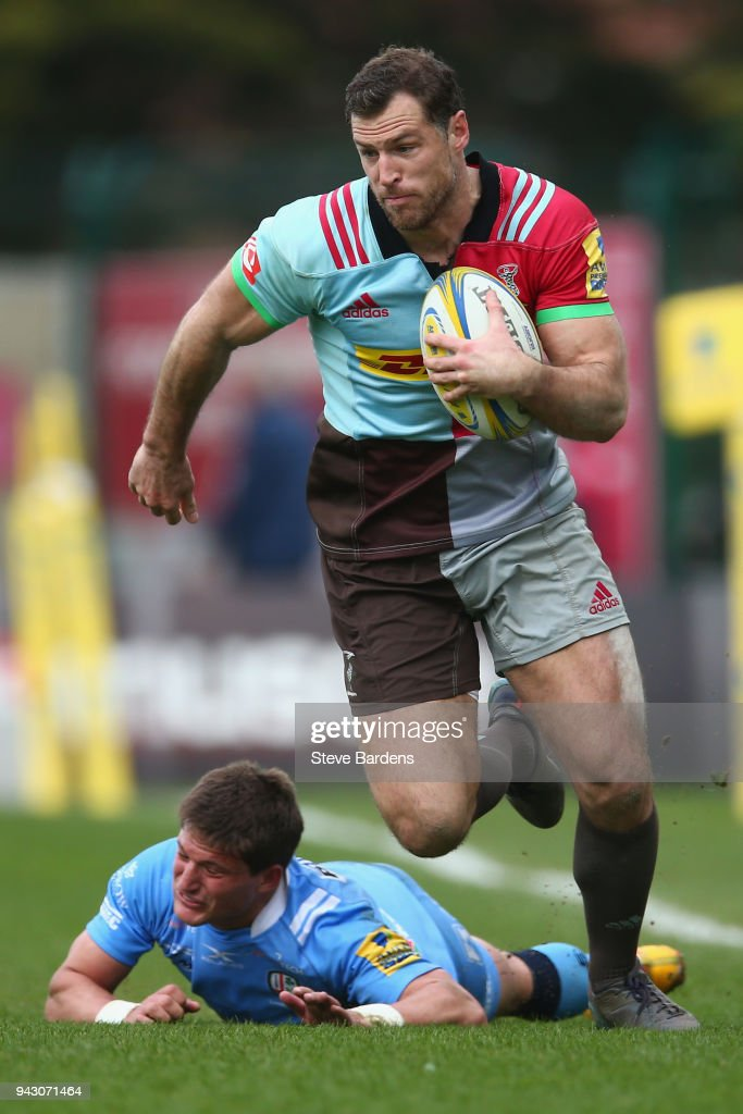 Tim Visser of Harlequins in action during the Aviva Premiership match between Harlequins and London Irish at Twickenham Stoop on April 7, 2018 in London, England.