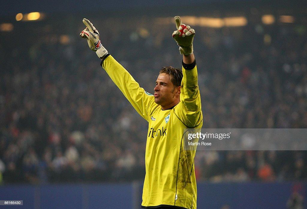 Hamburger SV v Werder Bremen - DFB Cup Semi Final