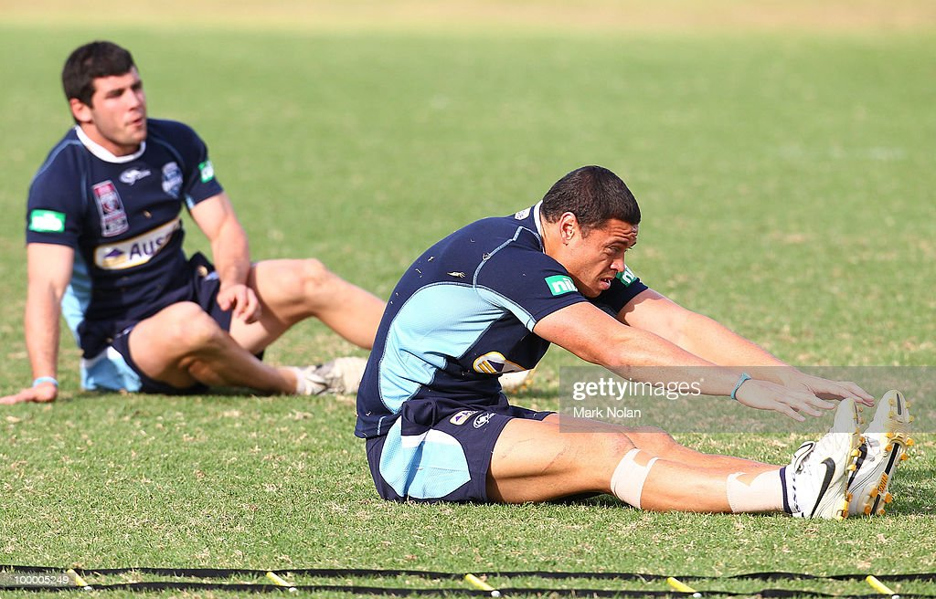 Timana Tahu stretches before a New South Wales Origin training session at WIN Stadium on May 20, 2010 in Wollongong, Australia.