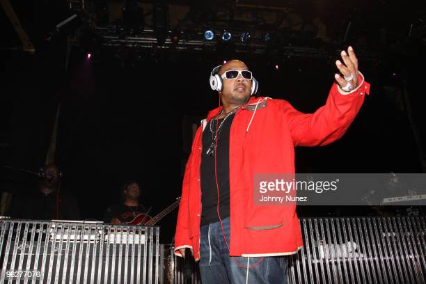 Timbaland performs at House of Blues Sunset Strip on January 29 2010 in West Hollywood California
