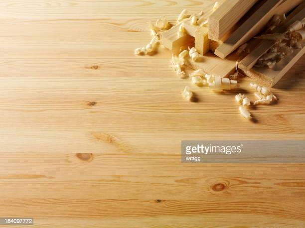 Bois de copeaux de bois dans une chambre d'angle