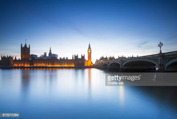 time at thames - westminster abbey stock pictures, royalty-free photos & images
