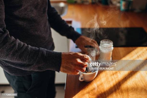 time for a cuppa - morning stockfoto's en -beelden