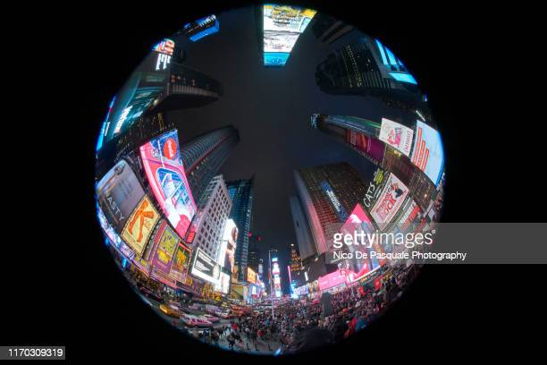 time square at night - nico de pasquale photography stock pictures, royalty-free photos & images