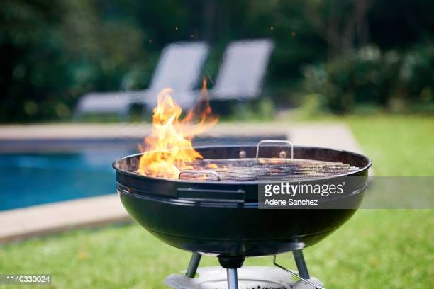 time to get grilling - barbecue grill stock pictures, royalty-free photos & images