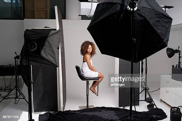 time to put natural beauty in the spotlight - fotosession stock-fotos und bilder