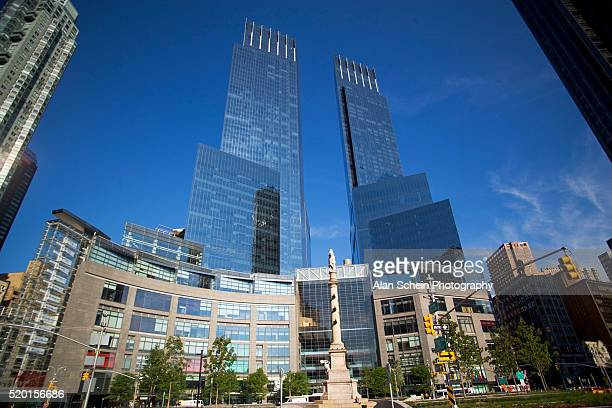 time warner building and columbus circle - time warner center stock pictures, royalty-free photos & images