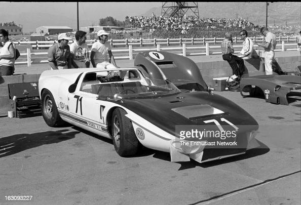 times grand prix riverside chris amon 39 s ford gt40 x1 sits in the news photo getty images. Black Bedroom Furniture Sets. Home Design Ideas