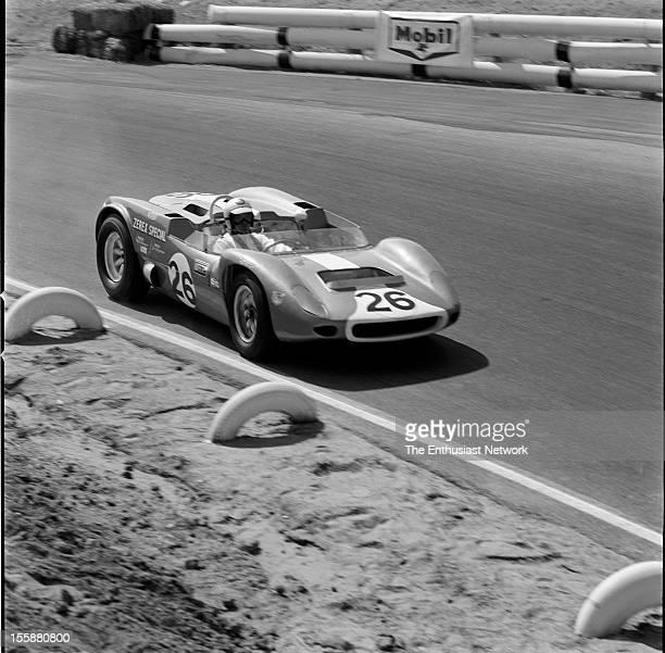 Times Grand Prix Riverside Walt Hansgen driving a Chevrolet powered Scarab Mk4